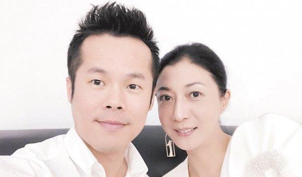 吳綺莉經理人兼好友阿文(左)發表長文,詳 述吳卓林改變的細節。