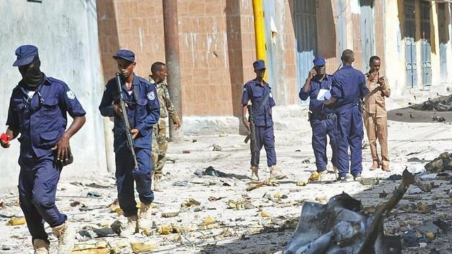 遭自杀炸弹攻击 索马里餐厅至少9死