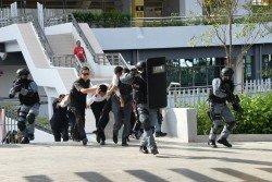 隆市警方今日舉行反恐演習,為今年8月即將舉行的「第29屆東南亞運動會」做準備。(攝影:顏泉春)