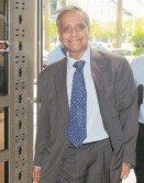 諾莫哈末耶谷週五下午抵達財政部,接受特工隊針對國行炒外匯風波的調查。
