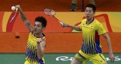 陳蔚強(左)與吳蔚升。(檔案照)