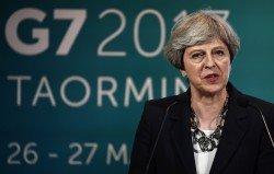 英國首相特麗莎梅周五在G7的記者會上表示,反恐戰役已從戰場轉向網絡。由於曼徹斯特日前發生演唱會恐怖襲擊,特麗莎梅只出席了首日的會議,便返回英國。
