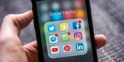 大馬網絡的盛行是近20年的事情,而社交媒體更是完全滲入大馬人的生活中,任何訊息意見都可便捷地在社交媒體上分享與發表。