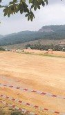 武吉巴容垃圾場工程仍在繼續,現場可見許多挖土機及重型車輛進進出出。