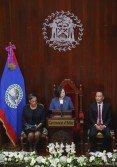 台灣總統蔡英文(中)周五在伯利茲國會發表演說,感謝伯利茲一直扮演台灣2300萬人民期待參與國際事務的聲援者。
