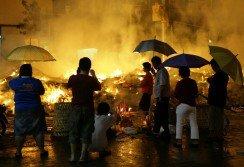 檳州中元聯合會呼籲各街區減少焚燒祭品,環保之余也可以將省下的錢捐助華社。 (檔案照)
