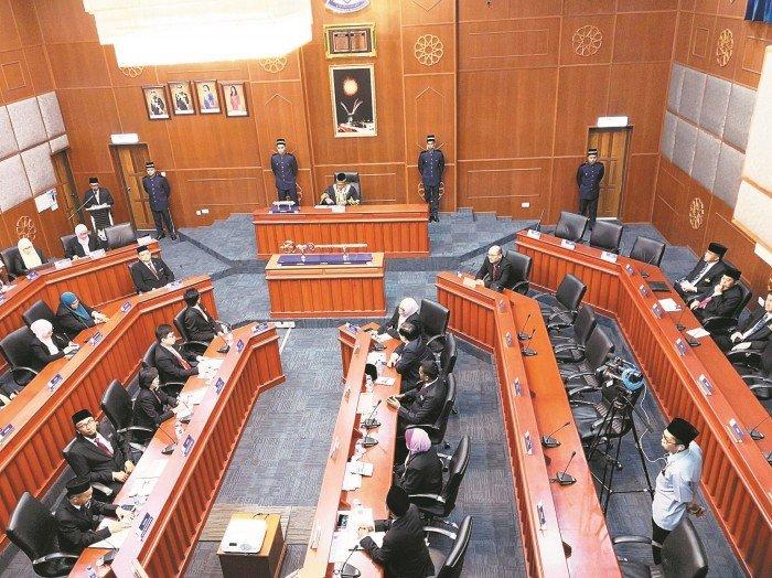 依斯干達公主城 首批11市議員宣誓