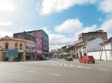 芙蓉市議會基于「設立三語路牌面積會很大」,而拒絕在芙蓉市議會管轄的範圍設立三語路牌。
