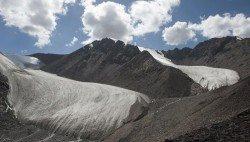 新疆「天山一號」冰川。