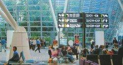 吉隆坡國際機場增設了中文大使后,獲得遊客好評。 (檔案照)