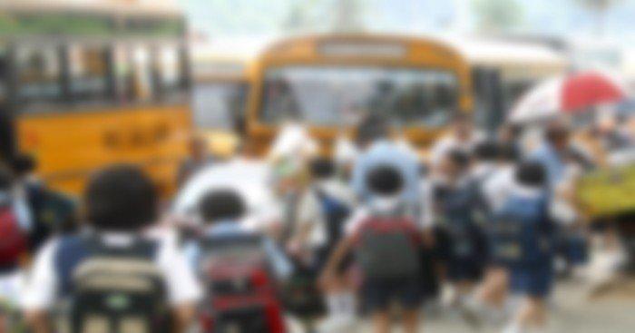 小學校門外以糖果作誘餌 3男企圖擄走11歲孩童