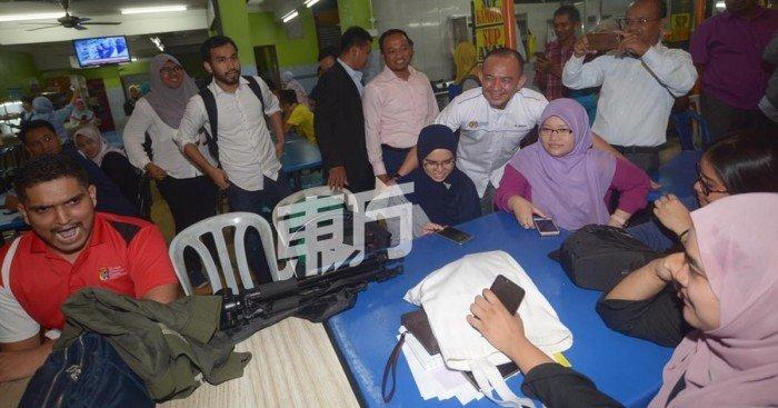 與抗議大學生會面 馬智禮被限7天內辭伊大主席職
