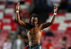 拜仁慕尼黑小將雷納托-桑切斯弒殺舊主賓菲卡,幫助球隊在客場以2比0獲勝。