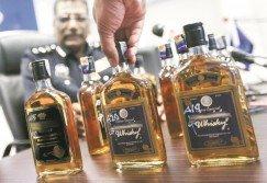 疑飲假酒釀人命后, 執法單位即展開取締假酒行動,而一些網民也紛紛揭露無牌經營者售菸酒商家處處有。