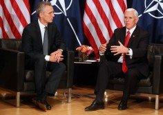 美國副總統彭斯(右)周六在慕尼黑安全會議上與北約秘書長斯托爾滕貝格舉行雙邊會議,探討中國加大投資全球多國重要基建系統帶來的威脅。
