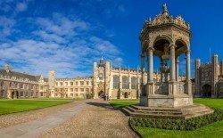 舉世聞名的劍橋大學英國劍橋市,而一些野雞大學會冒用名牌大學的校名來招生和濫發文憑,因此學子們在尋找大學時須格外謹慎。