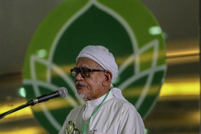 哈迪阿旺促祈祷念经 回应伊党所面对打击