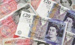 英鎊波動非常劇烈,期貨和期權創今年單日最高交易量。