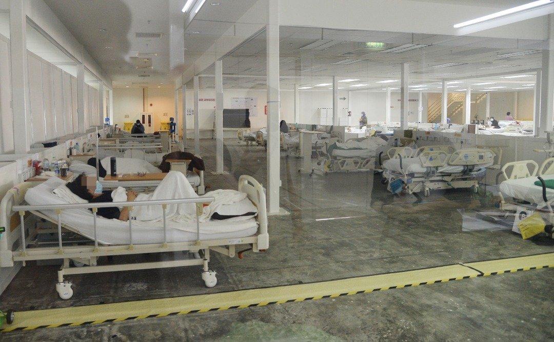 安置严重患者的综合医院情景。