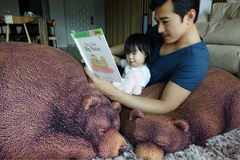 黄长兴与女儿。