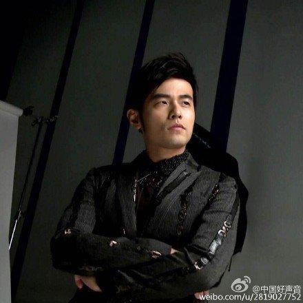 周杰伦担任《中国好声音》第4季导师。(图取自《中国好声音》微博)