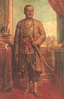 泰国曼谷王朝第一代国王,汉名郑华