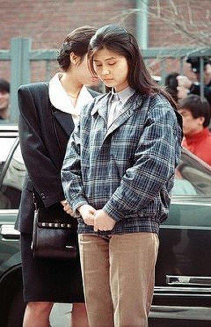 金贤姬在南韩受审时模样。(照片取自台湾苹果日报)