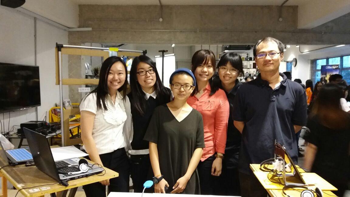 调查由博特拉大学前中文组讲师邱克威博士领导,左起为调查团队成员叶瑞冰、李如意、沈慧伶、阙佩欣、罗翔丽。