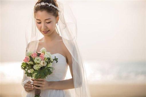 任安妮結婚照。