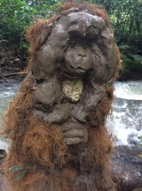 """挪威艺术家Tori Wranes创造的""""洞穴巨人"""""""