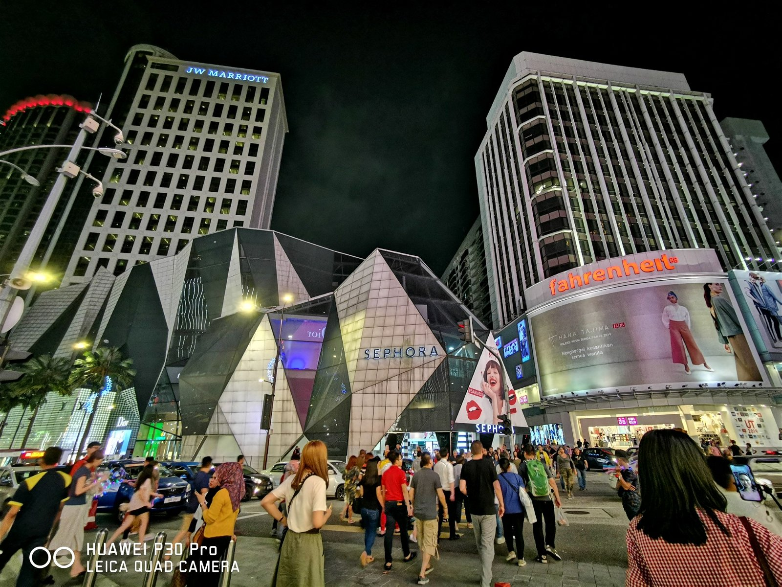 ISO: 640   f/2.2   S:8s   Focal Length : 16mm (Night mode)by KAM