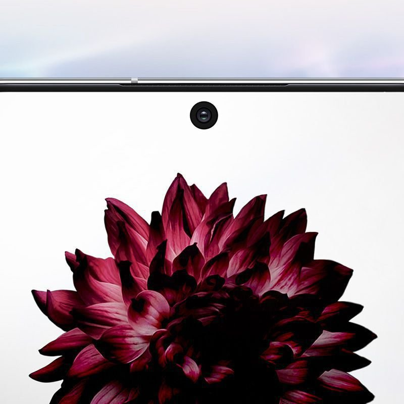 Samsung Galaxy Note 10系列前置镜头采用Infinity-O设计。