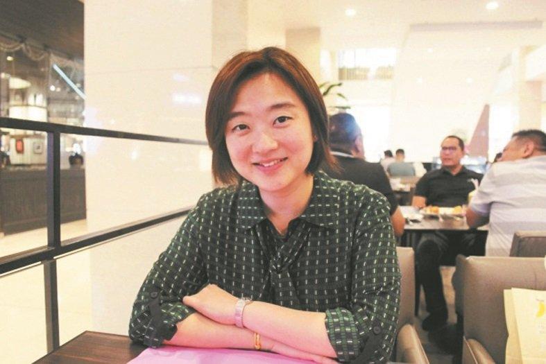 黄颖欣认为,政府在推动素质教育,需提出更全面政策配合。