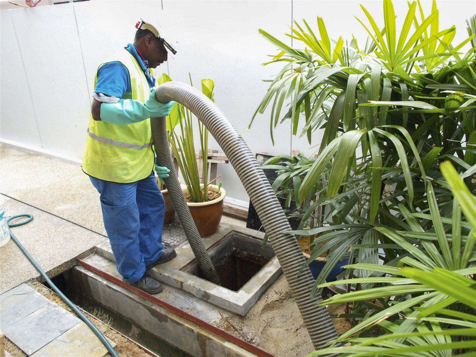 个别粪池须定期清理,以确保能正常运作,防止污水流入河流。
