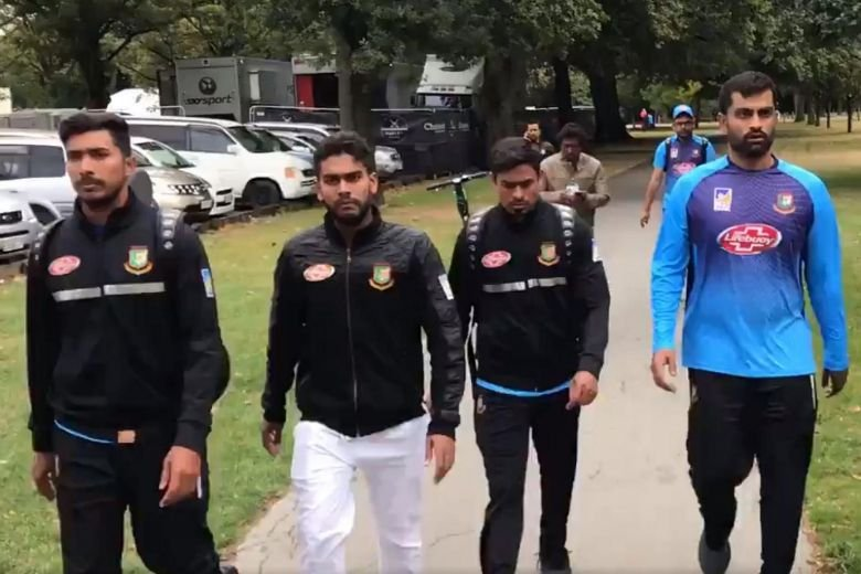 数名孟加拉板球队成员逃过一劫。