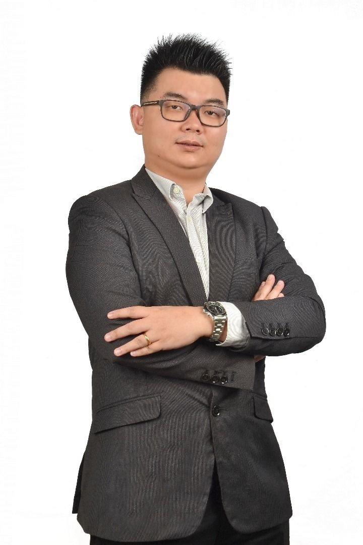 吴汉坤提醒网民必须谨慎上载贴文或视频,避免抵触相关法令。