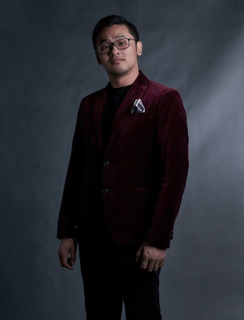 舞台剧著名编导叶伟良。