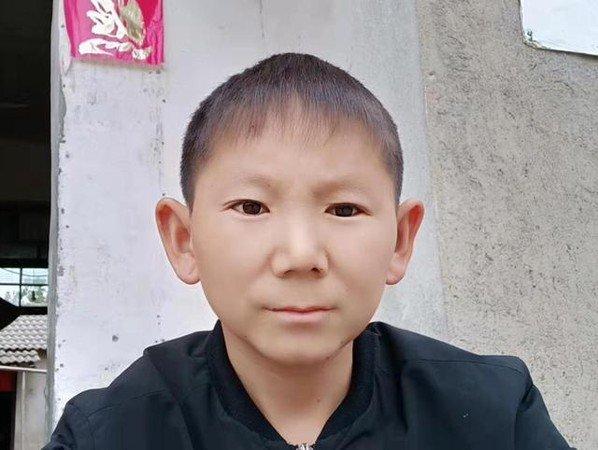 今年已经34岁的朱圣开有著超级娃娃脸。(图取自海上居士_微博)