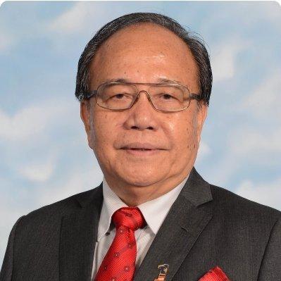 交通部副部长拿督亨利松艾贡