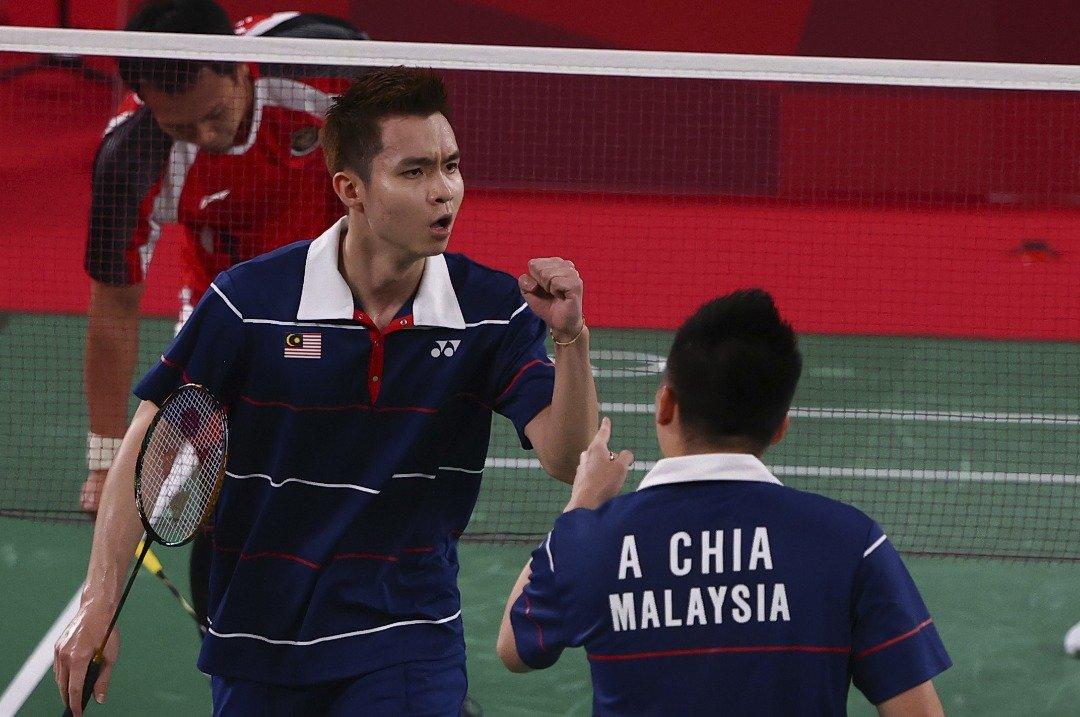 谢定峰与苏伟译成功拿下第二局的胜利。