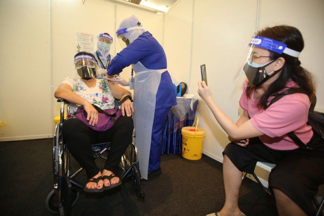 柔州政府拨款4000万令吉购买疫苗。(档案照)