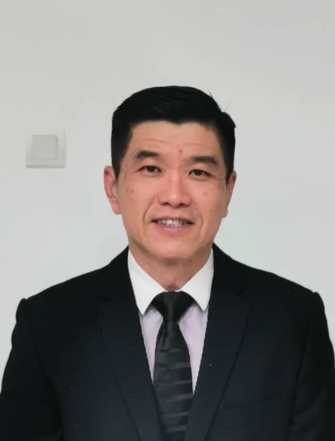 兽医陈泽南。