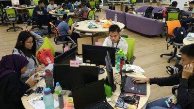 现今人们的生活都离不开科技元素,因此越来越多家长了解科技行业的重要性,将孩子送往学习电脑科学课程,希望孩子从中获得启发。(图由Telebort提供)