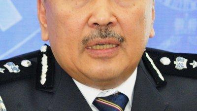 柔佛总警长拿督卡玛鲁丁。
