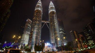 上半年收逾416亿 旅游收入增长6.8%