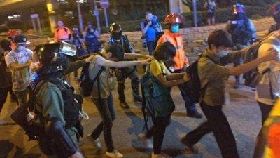 【香港人反送中】理大示威者陆续自首 逾70人送院