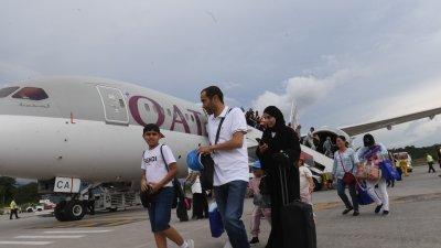 卡塔尔航空开启多哈飞往浮罗交怡免税岛航线,首航于周二下午抵达浮罗交怡国际机场。