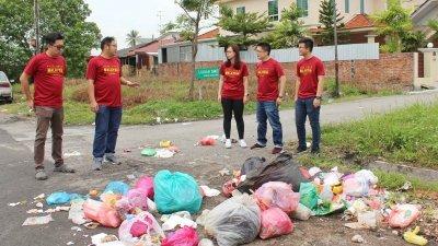 县市议员的工作不仅是处理垃圾、路洞、沟渠或街灯,也包括一些社区发展项目,任期太短,将难以施展抱负。