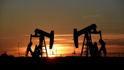 美国7大页岩油产区的10月原油产量料增加每日7.4万桶,至创纪录的每日884.3万桶。