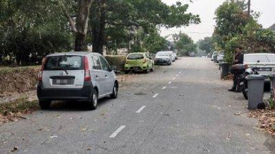 华裔男汽车维修员毙命车内的灰色第二国产威华(Viva)轿车多天,才因散发尸臭味被当地居民发现。